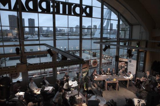"""Cobouw Café Rotterdam: """"Opdrachtgevers peuren nog steeds overal geld uit"""""""