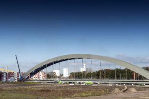 Passen en meten met nieuwe spoorbrug bij Utrecht