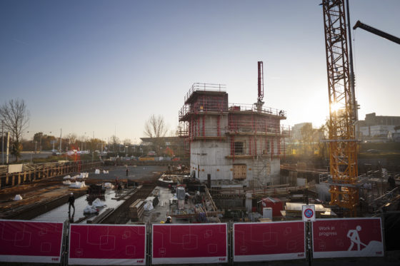 Krappe bouwplaats megahotel dwingt Pleijsier Bouw tot strak systeem
