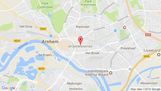 Balkon Arnhem stort in door houtrot
