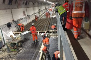 Reportage Maastunnel: Over The Green Mile, 600.000 tegels en veel beton