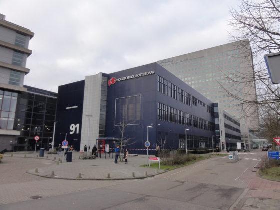 Brandgevaarlijk schoolpand Rotterdam zeker nog een jaar dicht