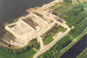Gereinigde grond voor Martens en Van Oord toch zwaar vervuild