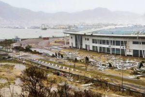 De orkaan weerstaan? Ballast Nedam maakt dak vliegveld Irma-proof