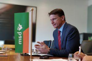 Rob van Wingerden (BAM): 'We laten ons niet uit het lood slaan door zeesluis IJmuiden'