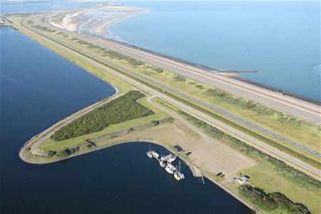 Alsnog 75 miljoen voor aanleg doorlaat in Brouwersdam