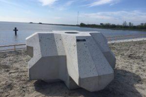 """75.000 betonblokken nodig voor versterking Afsluitdijk: """"Ze grijpen als dakpannen in elkaar"""""""