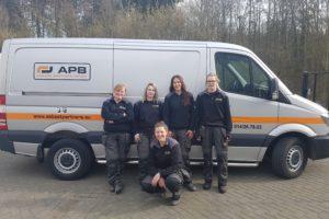 Eerste vrouwenteam in de asbestsanering