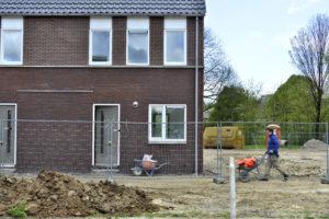 Nieuwbouwwoning wordt minder verkocht en is weer iets duurder