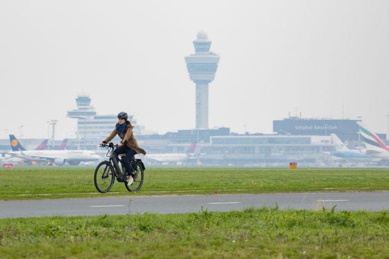 """""""Naar Schiphol pak je voortaan gewoon de speed-bike"""""""