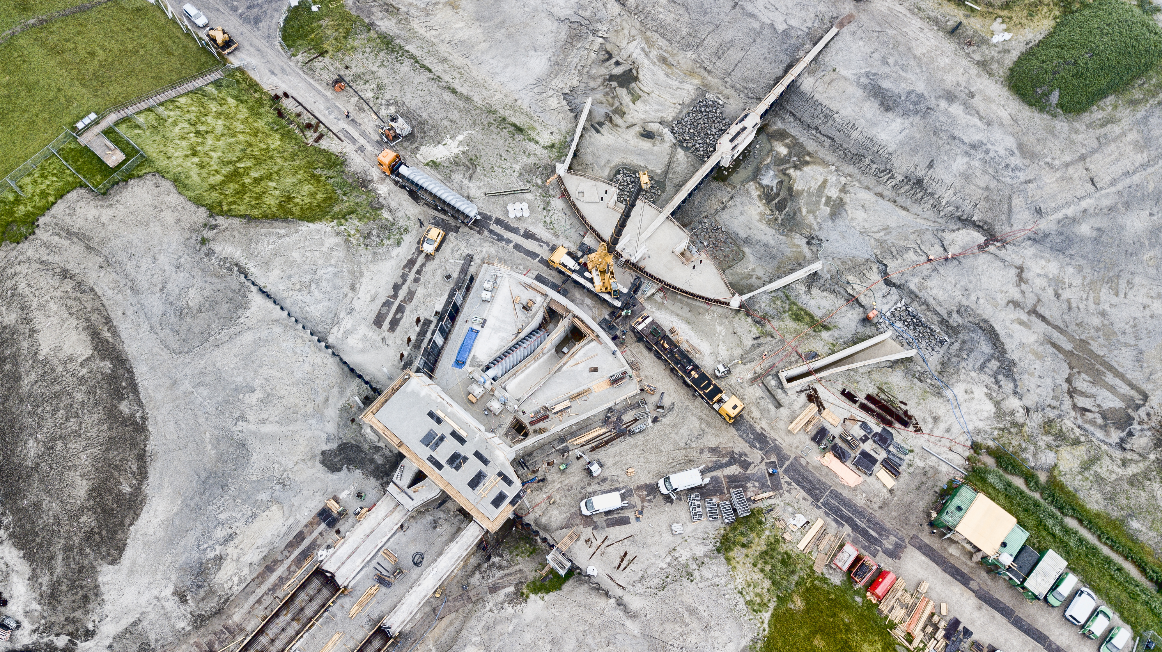 Drie Friese infrabouwers