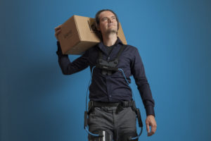 Eureka! | Exoskelet: spaart rug bouwvakker