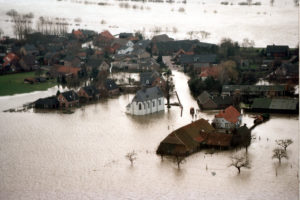 Waterschap Limburg graaft te hoge dijken weer af