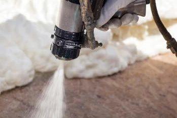 Strengere eisen voor warmtepompen, airco's en gespoten purschuim