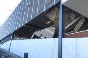 Garage stortte in door bezwijken stalen ligger