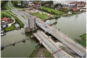 Een tijdelijke brug die voor de verandering wél open en dicht kan