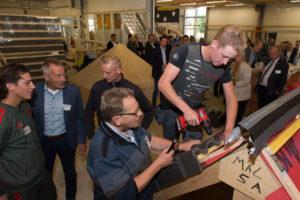 Nieuwe opleiding zonder rooster: dakdekken wanneer het de leerling uitkomt