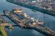 Overzichtsfoto nieuwe zeesluis met afgezonken deurkas bron topview luchtfotografie 80x53