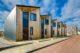 Coalitie wil 15.000 extra flexwoningen per jaar: 'Gemeenten kunnen ze ook zélf bouwen'