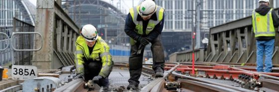 Spoor nog steeds gevaarlijk voor baanwerkers: 42 gewonden, van valpartij tot elektrisering
