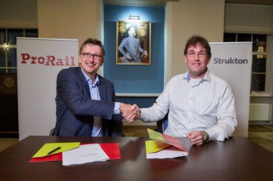 Strukton pakt grootste contract spoorboekloos rijden: 28 treinen per uur tussen Rijswijk en Rotterdam