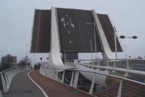 Onderzoeksraad start onderzoek brugongeval Zaandam
