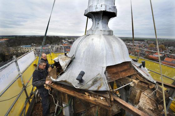 Lantaarn toren Joure met spoed verwijderd: Houten draagconstructie aangetast