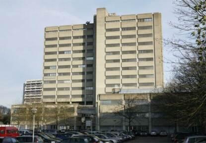 Belastingkantoor Utrecht gesloopt: Koopmans bouwt woontorens terug