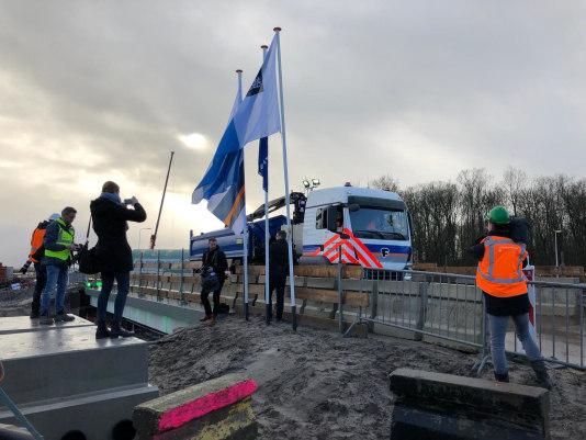 KWS gaat als eerste bouwer rijden met volledig elektrische vrachtwagen