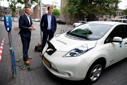 Unica en Engie installeren 2000 laadpalen bij 125 Rijkspanden