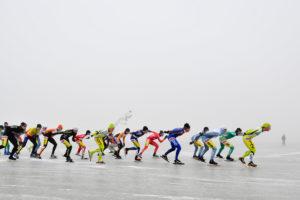 Maaiveld | Eerste schaatsmarathon natuurijs naar Haaksbergen mede dankzij slimme isolatiefabrikant