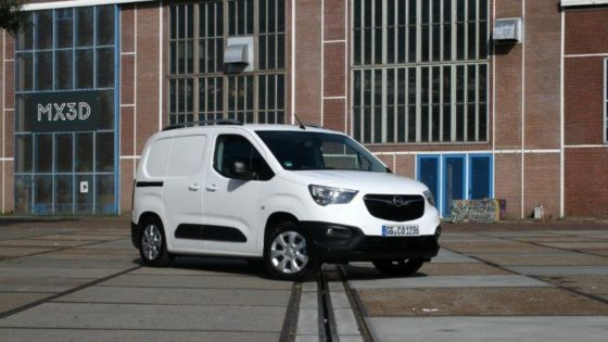 Rijtest Nieuwe Opel Combo 1.5 Diesel Edition H1L1