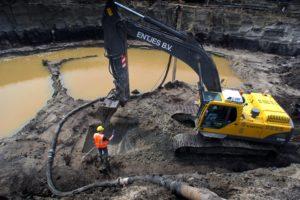 Giftig PFAS verlamt gww-sector: 'Niemand durft nog een lading bagger in te nemen'