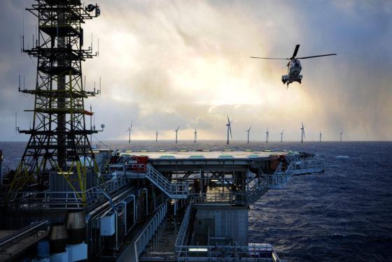 Betonnen dobbers voor volgende generatie drijvende windparken