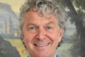 Oud- PvdA' er Monasch nieuwe voorzitter monumentenstichting ERM