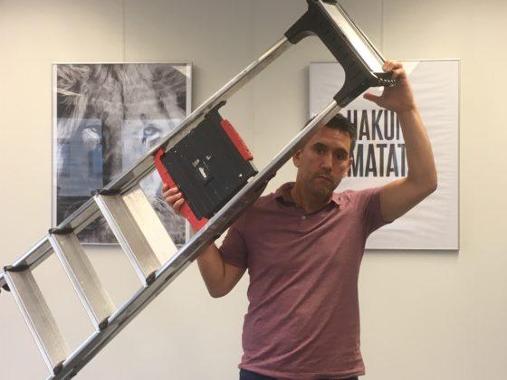 Help, een ladder