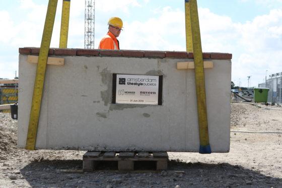 Het toetje voor SugarCity, een outletcentrum voor de Randstad, is geen appeltje-eitje voor de bouwers