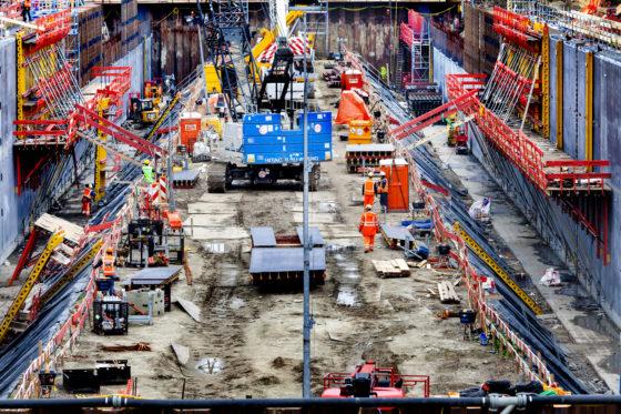 McKinsey: Bouwers lopen onredelijk veel risico