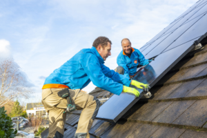 Coolblue gaat zonnepanelenmarkt op en zoekt duizend installateurs
