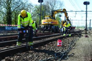 Kabinet: Dertig statushouders krijgen vaste baan in spoorsector